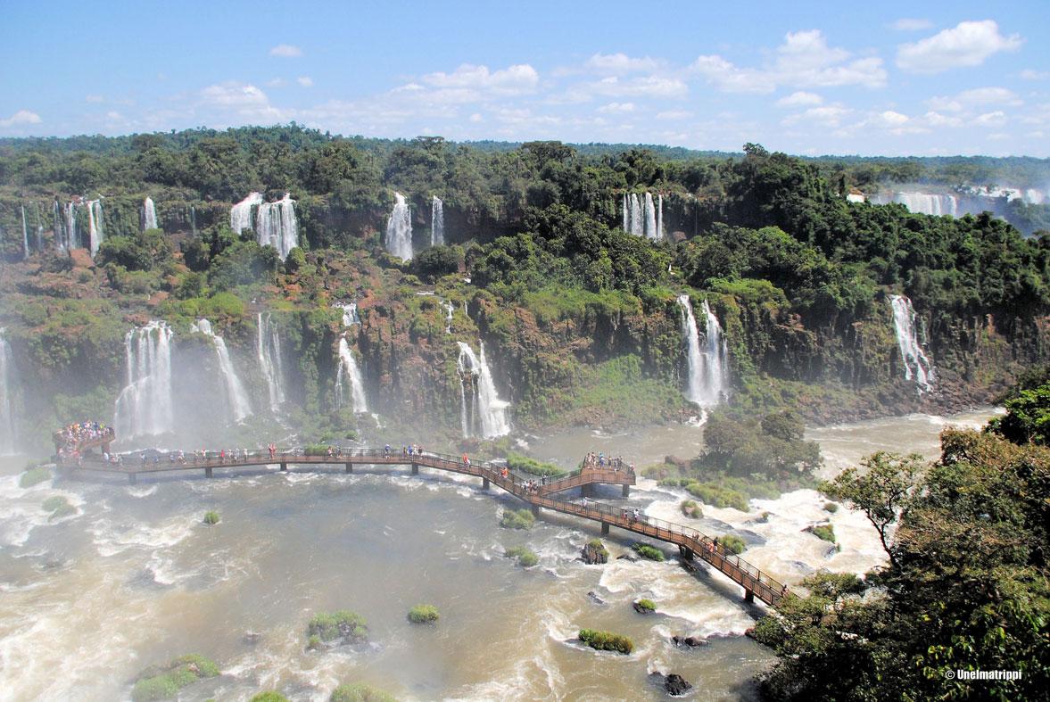 Iguassun putouksilla, Brasilia