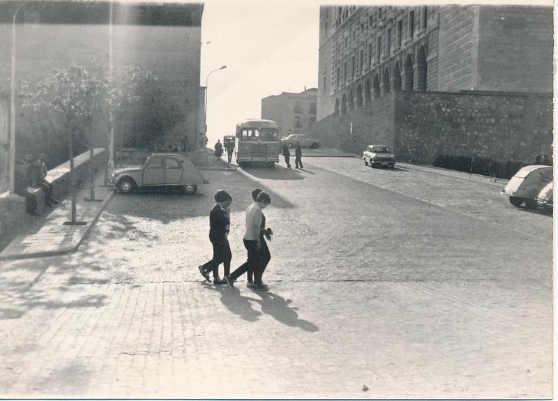 Entorno del Alcázar hacia 1965. Fotografía de Julián C.T.