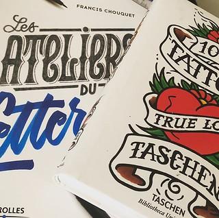 Parfait combo pour dessiner mon prochain Tatoo ! @fran6 #lettering