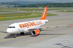 easyJet Europe Airbus A319-111 OE-LQZ