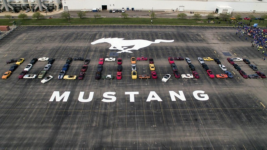 Ford Mustang 10 Mio proslava