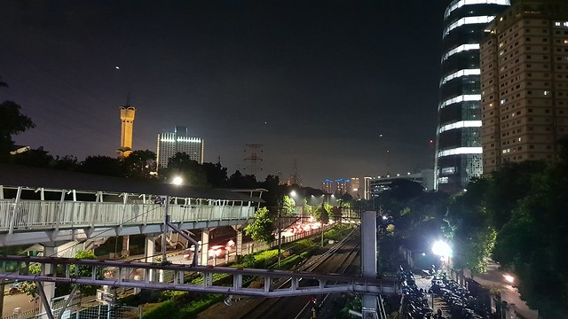 Galaxy S9 Plus saat digunakan untuk memotret malam hari dengan F1.5 (Liputan6.com/ Agustin Setyo W)