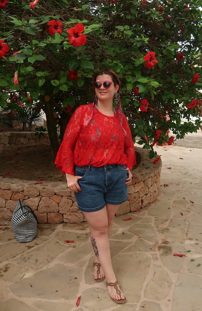 Outfit mare curvy plus size, copricostume Lily La tigresse (3)