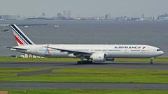 Boeing 777-328/ER Air France (Paris 2024 Livery) F-GSQH