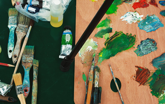 Paintbrushes and Colors, Canon EOS 5D MARK II, Canon EF 35-80mm f/4-5.6