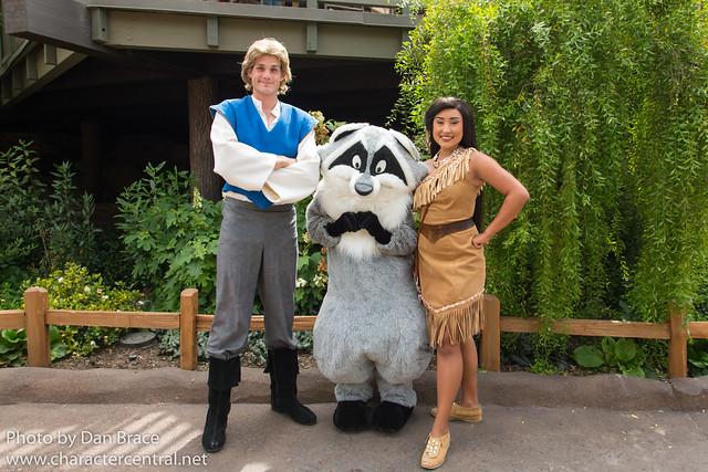 Meeting Pocahontas, John Smith and Meeko