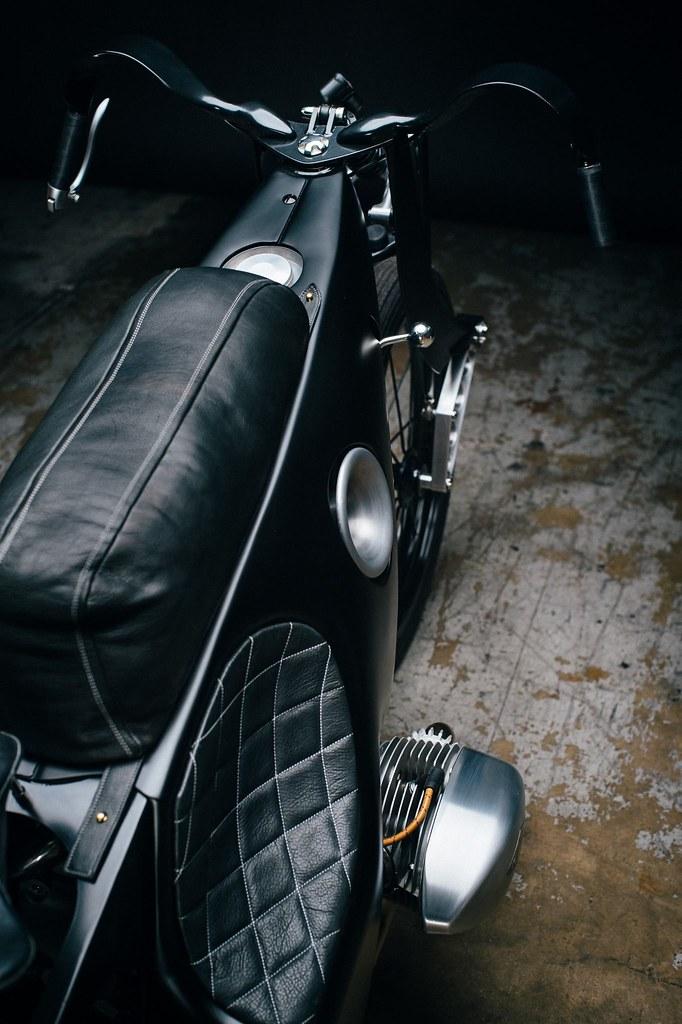 Custom-BMW-Motorcycle-25