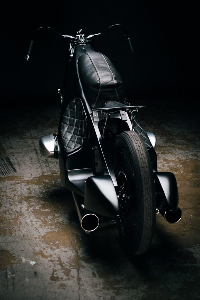 Custom-BMW-Motorcycle-27
