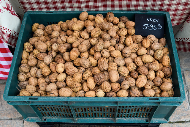 Local Walnuts at Sarlat Market, South West France #walnuts #sarlat #market #farmersmarket #france #dordogne
