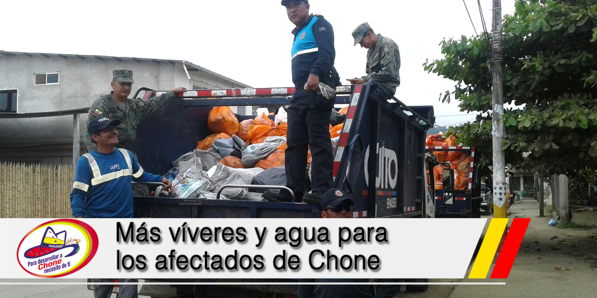 Más víveres y agua para los afectados de Chone