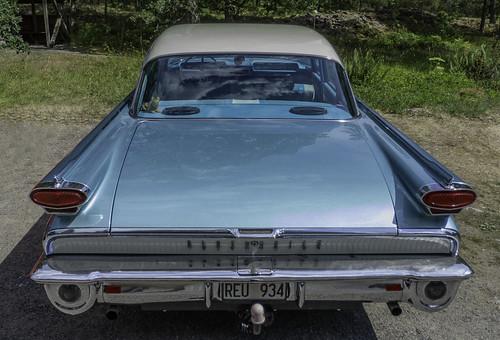 1959 Oldsmobile Super 88 4-door sedan