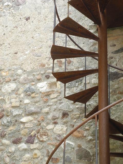 spiral staircase, Nikon COOLPIX P7000