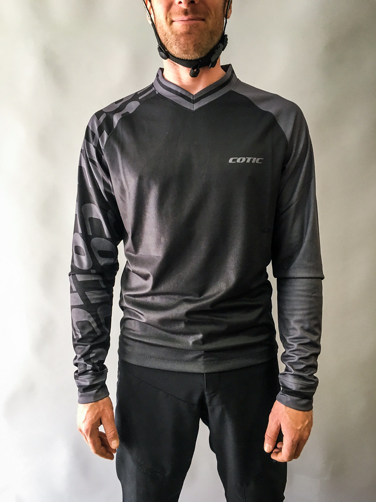 grey COTIC jersey
