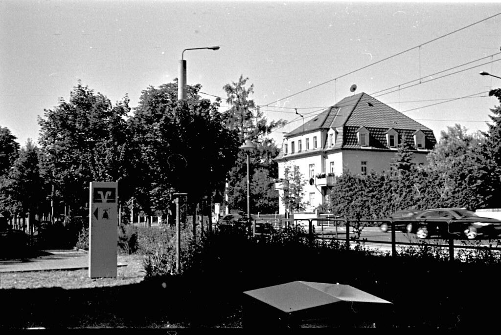 Entwicklung mit Bierol -  Development with beerol - Dresden Klotzsche, Königsbrücker Landstraße