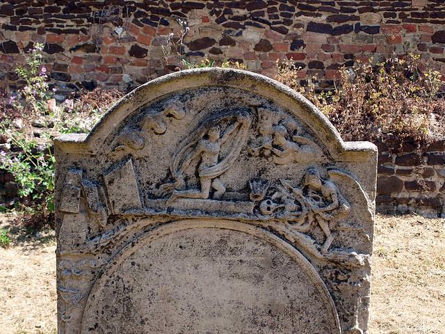 Headstone (8)