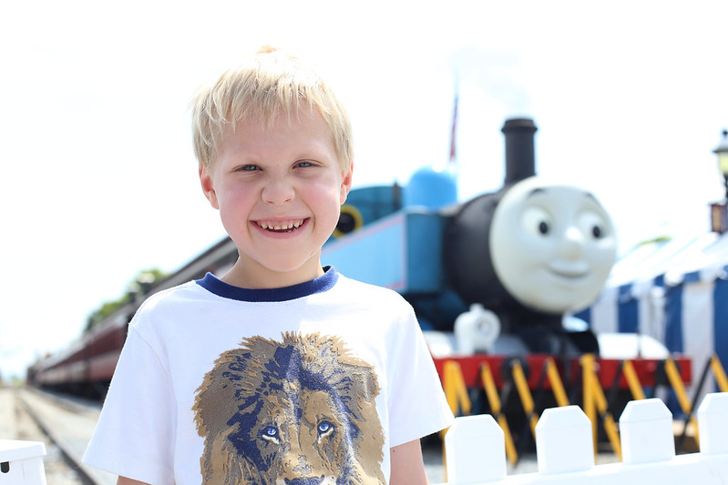 L with Thomas