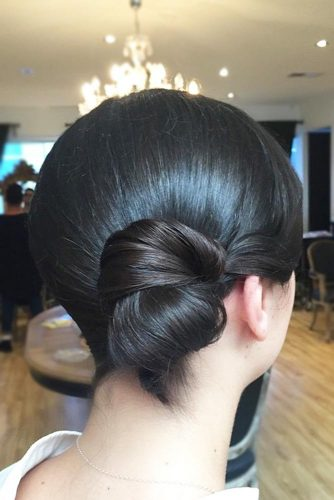 Hair Bun For Short Hair: Updo & Half-Up -These Newest Ideas 3