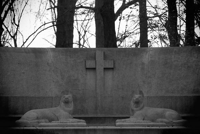 McCormick Memorial. (EOS)