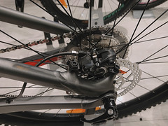 2018 Trek Fuel Ex 5 rear brake_1823Edit