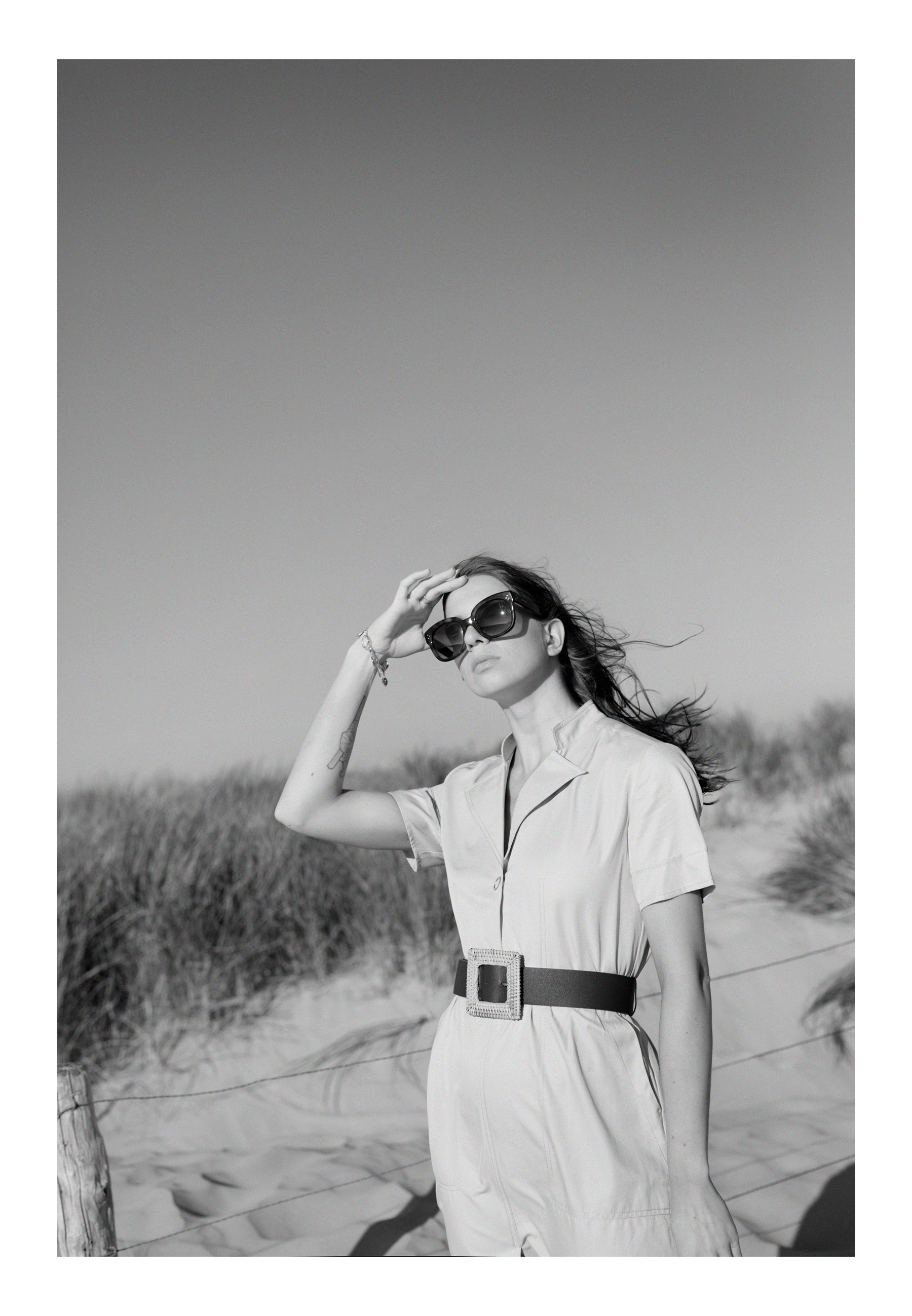 beach holland bloemendaal safari city dress outfit couple coupleblog couplegoals couplestyle romance love vintage style inspo inspiration black and white photography dusseldorf catsanddogsblog ricarda schernus modeblogger styleblog max bechmann fotograf 1