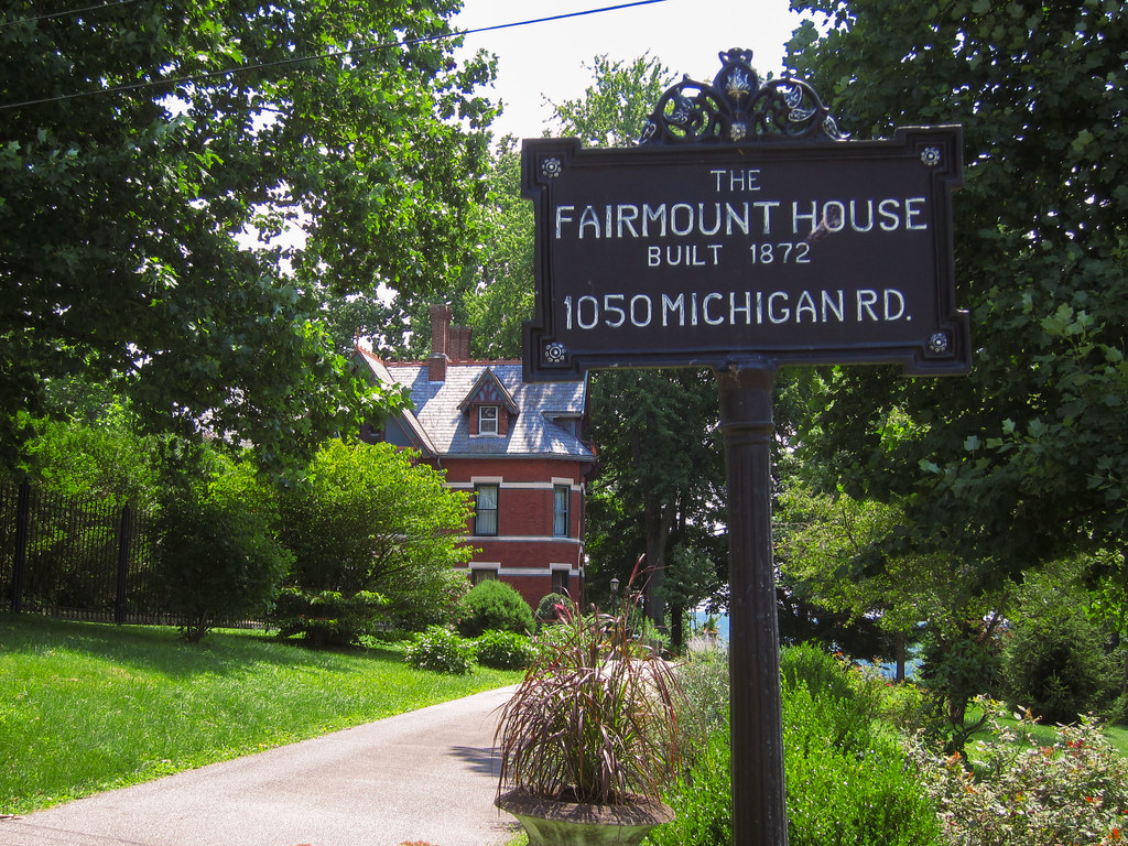 Fairmount House