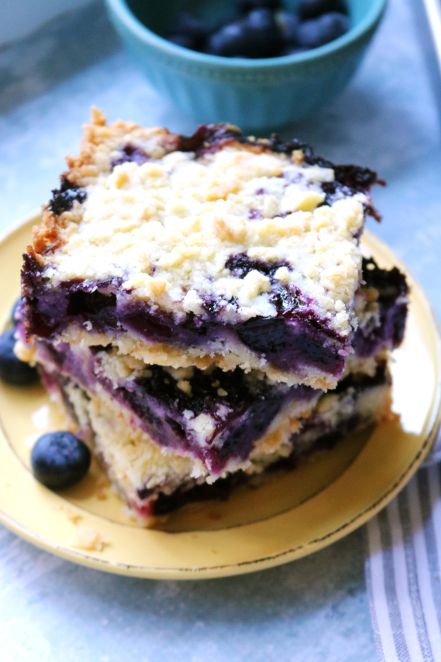 Blueberry Lemon Crumble Bars