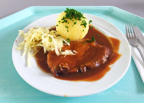 Pork roast in dark beer sauce with potato dumpling & home made cole slaw / Schweinebraten in Dunkelbiersauce mit Kartoffelknödel & hausgemachten Krautsalat