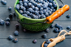Blueberries and Scoop