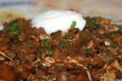 50 - Ethiopian chicken lentil stew - CloseUp / Äthiopischer Hähnchen-Linsen-Eintopf - Nahaufnahme