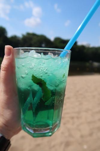 Mint Tonic von der Beach Bar am Weserstrand in Minden