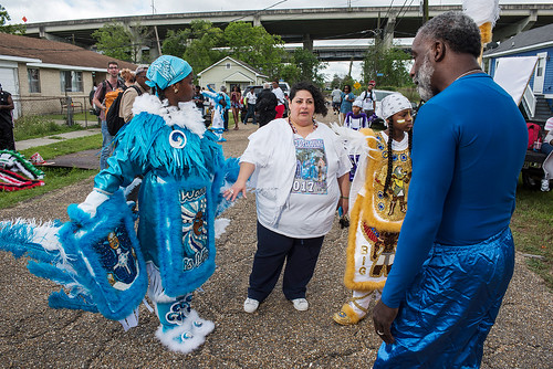 Wild Opelousas Big Queen Regine, Big Chief Tycen, and their teacher Liz Arias meet with Mohawk Hunter Big Chief Tyrone Casby before the West Fest parade on April 23, 2017. Photo by Ryan Hodgson-Rigsbee www.rhrphoto.com