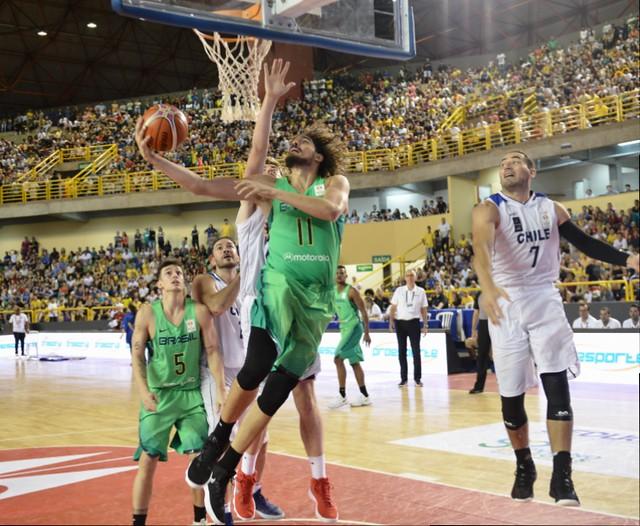 A Seleção Brasileira de basquete entra em quadra buscando mais duas  vitórias na fase classificatória para 80685a0251d37
