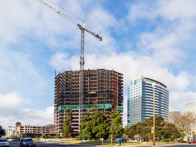 601 City Center, Oakland, Nikon DF, AF-S VR Zoom-Nikkor 24-85mm f/3.5-4.5G IF-ED