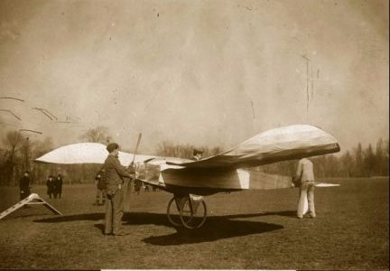 The Blériot V was an early French aircraft built by Louis Blériot. Utilizing a canard design, it was the first successful monoplane. Built in January 1907. Photo taken between January and May 1907.