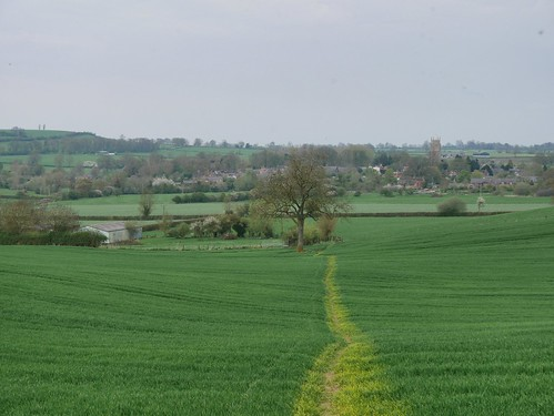 Coming back into Lower Brailes