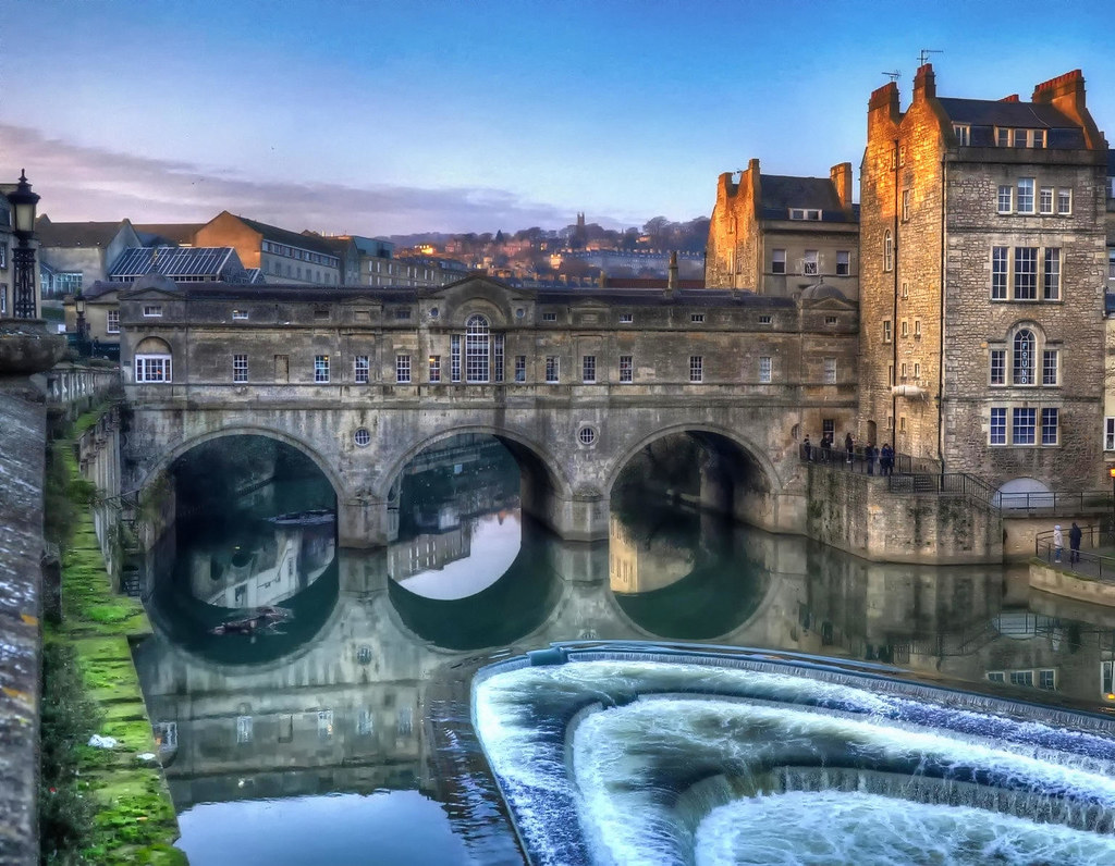 Pulteney Bridge & the River Avon, Bath. Credit Baz Richardson, flickr
