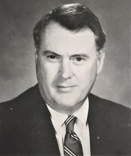 Headmaster Ainslie '56 1981-1998