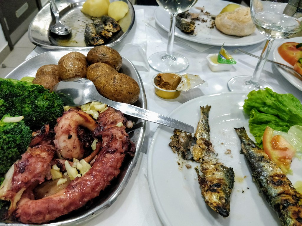 Pulpo and Sardines