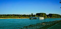 Traumschiff auf dem Oberrhein