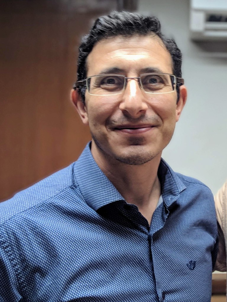 采购主管Ahmet Gökçe