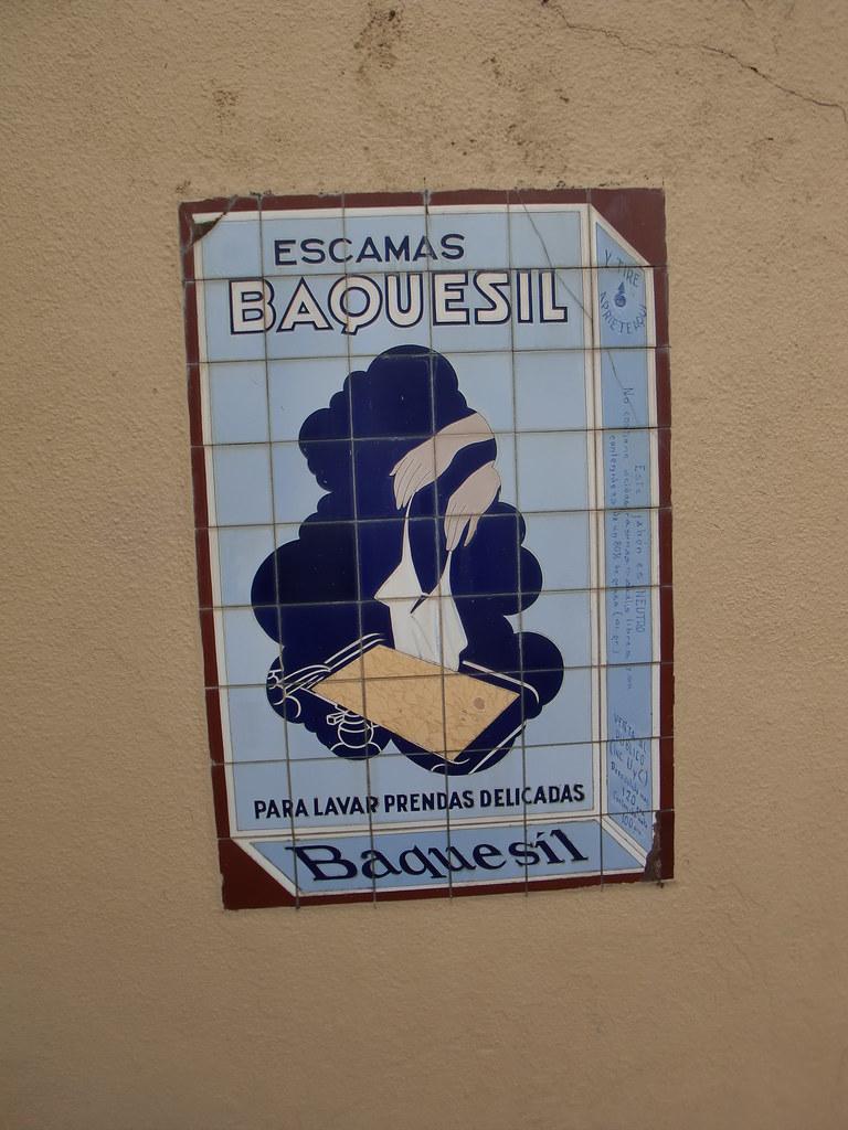 CARTEL ESCAMAS BAQUESIL