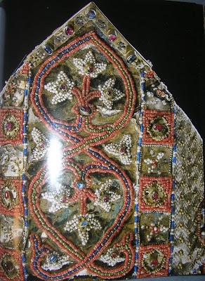 http://www.newliturgicalmovement.org/2008/11/treasure-of-halberstadt-iii.html#.WzhvKtgzpD8