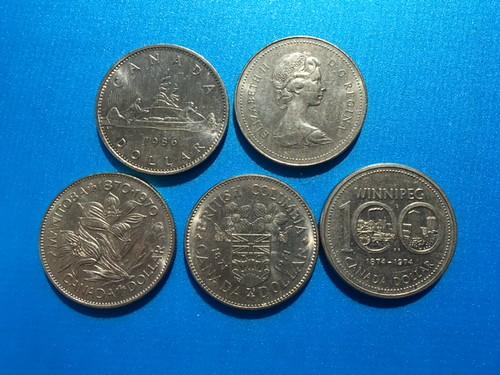 CANADA 1968 CANADIAN VOYEGEURS TRAVELLERS QUEEN ELIZABETH ONE $1 DOLLAR COIN