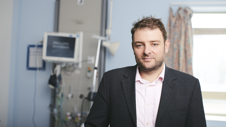Christos visiting a  hospital  ward