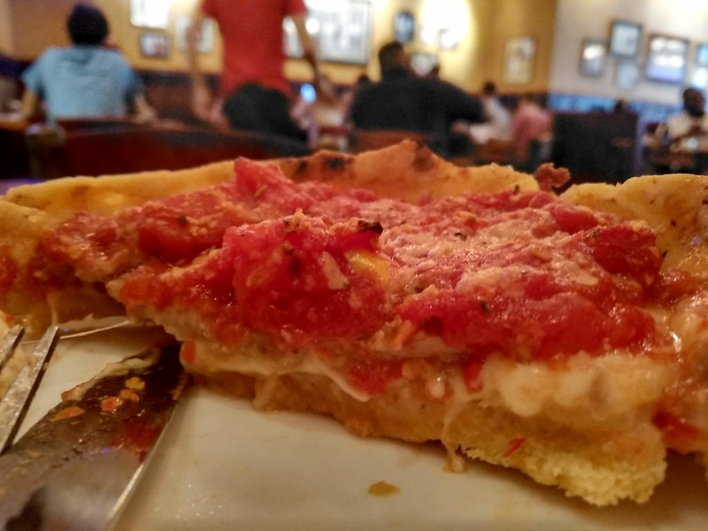 Chicago, USA | Pizzería Lou Malnati | deep dish pizza