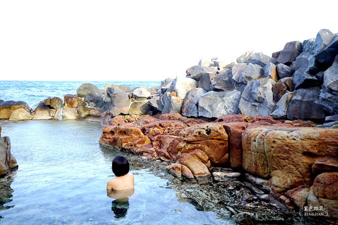 南紀白濱海岸.和歌山自駕遊▋享海景、泡湯趣,日本最古老的崎の湯 !南紀白浜三勝景~三段壁、千疊敷、円月島