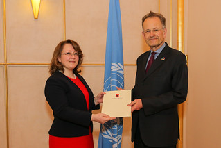 NEW PERMANENT REPRESENTATIVE OF ALBANIA PRESENTS CREDENTIALS TO THE DIRECTOR-GENERAL OF THE UNITED NATIONS OFFICE AT GENEVA