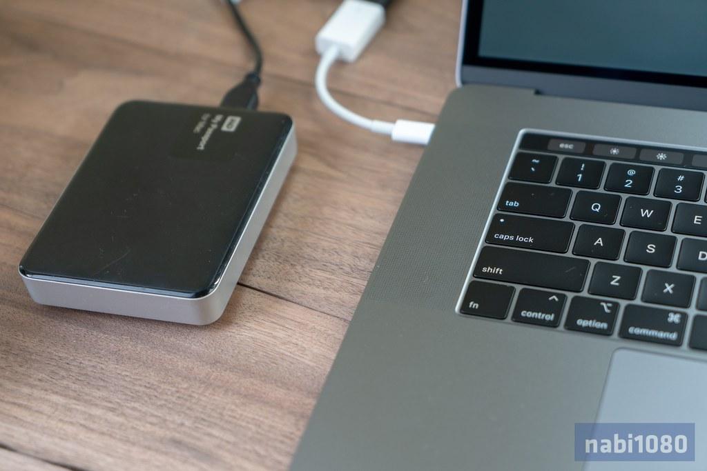 15インチ MacBook Pro 201816