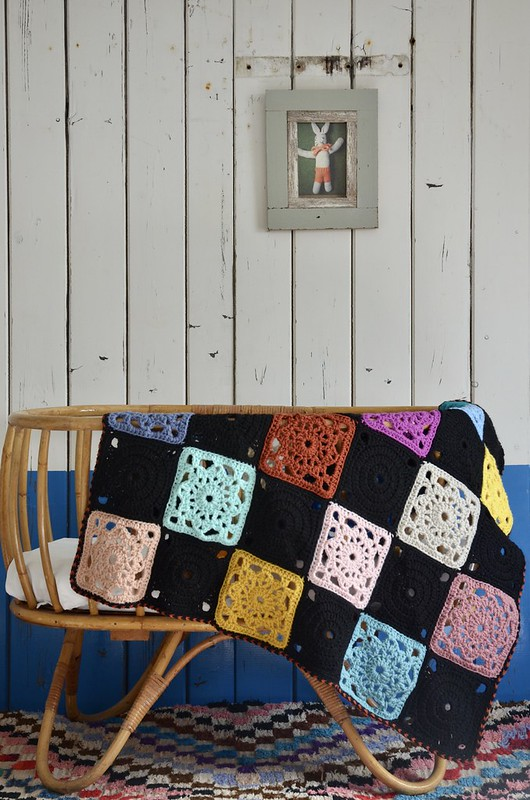 woodwoolstool baby blanket - bb18 black