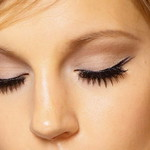 gtg-guide-to-eyelash-extensions-main